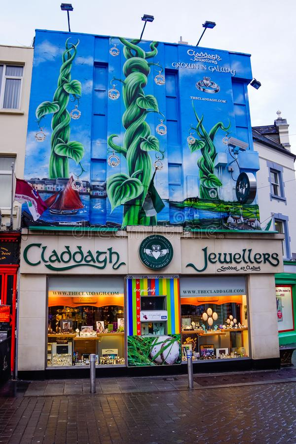 Juweliers van Claddagh van Januari 2013 van Galway, Ierland winkelen de 10de, makers van de Claddagh-Ring stock fotografie