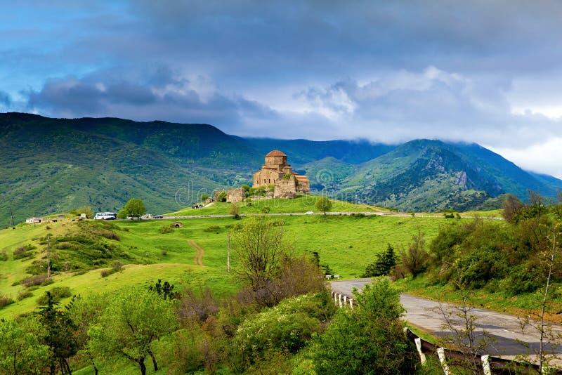 Jvari修道院全景视图在姆茨赫塔附近的在乔治亚 免版税图库摄影