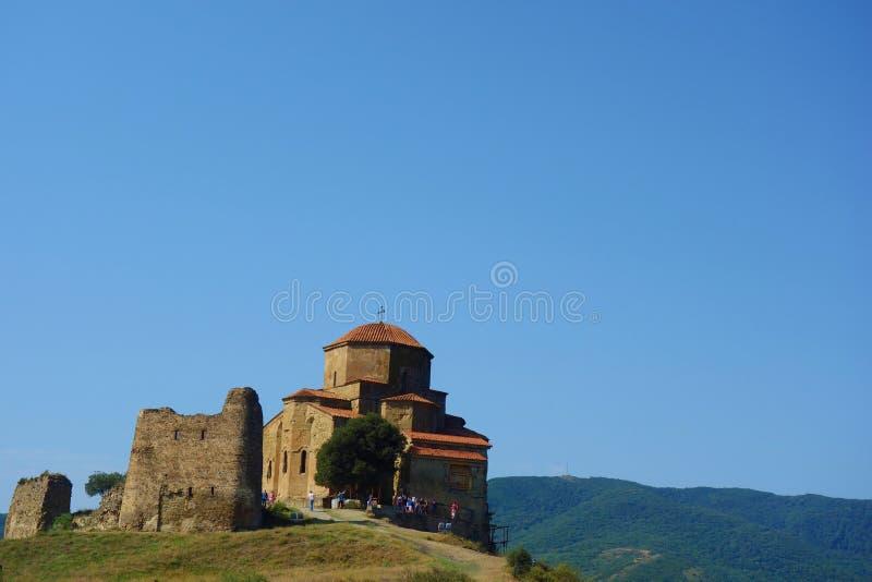 Jvari kloster Det är en georgisk ortodox kloster för det sjätte århundradet nära Mtskheta, östliga Georgia det listas som en värl royaltyfri bild