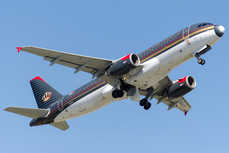 JY-AYS Royal Jordanian Airlines, Airbus A320-232 imagen de archivo libre de regalías