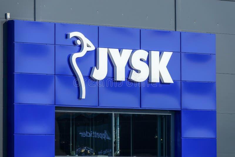 Jysk, Deens meubilair en binnenlandse kleinhandels stock afbeeldingen