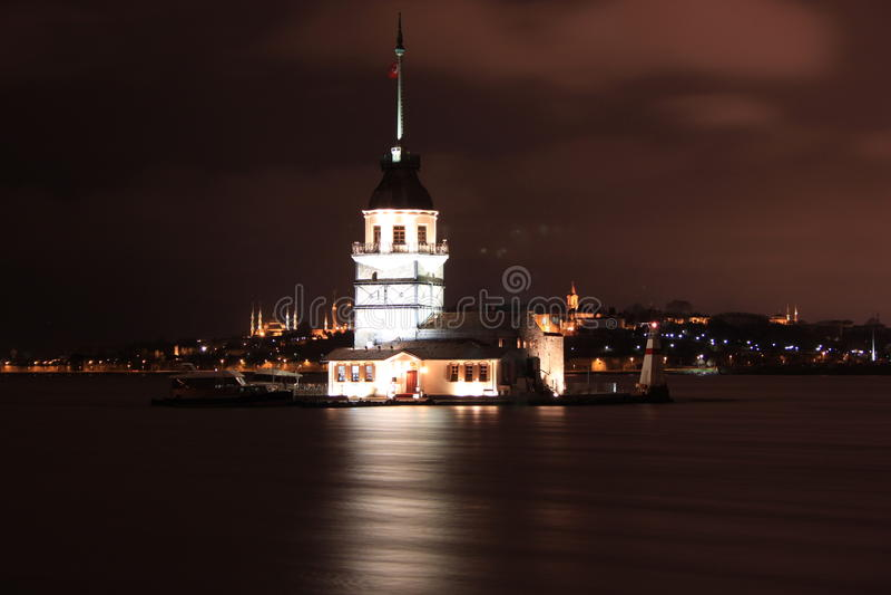 Kız Kulesi, jungfru- torn för ` s arkivfoto