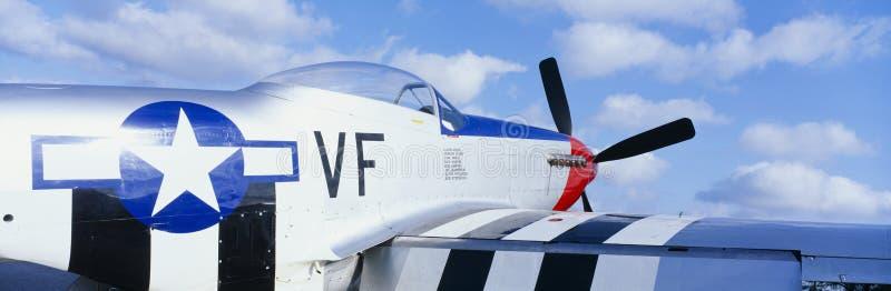 Kämpeflygplan för tappning P51 arkivfoto
