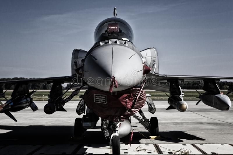 Kämpfender Falke F-16 stockbild
