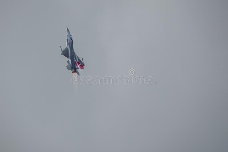 Kämpfender Falke General Dynamics F-16, multirole ÜberschallKampfflugzeug stockfotografie