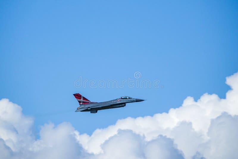 Kämpfender Falke General Dynamics F-16, multirole ÜberschallKampfflugzeug stockbild