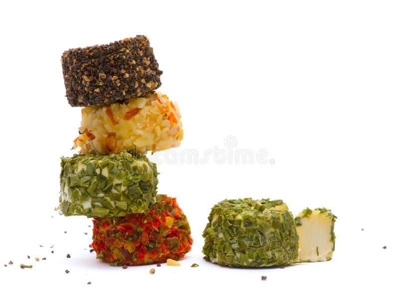Käse mit Gewürzen lizenzfreie stockfotografie
