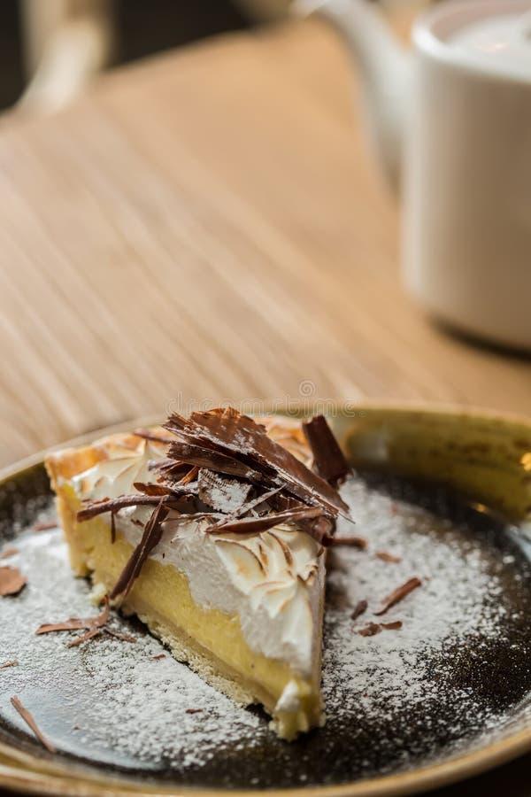 Käsekuchen mit Feinschmecker der Schokolade lizenzfreie stockfotos