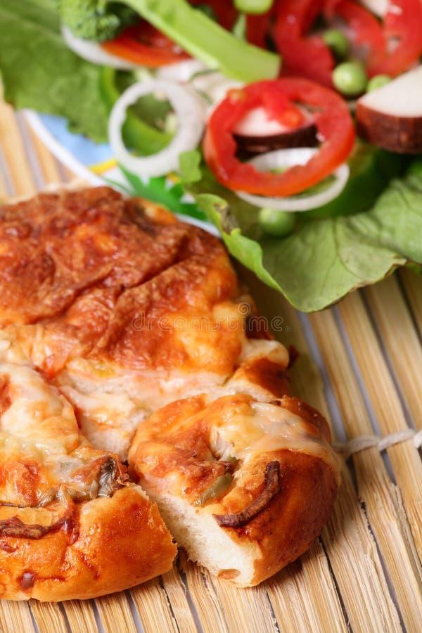 Käsepizza lizenzfreies stockfoto