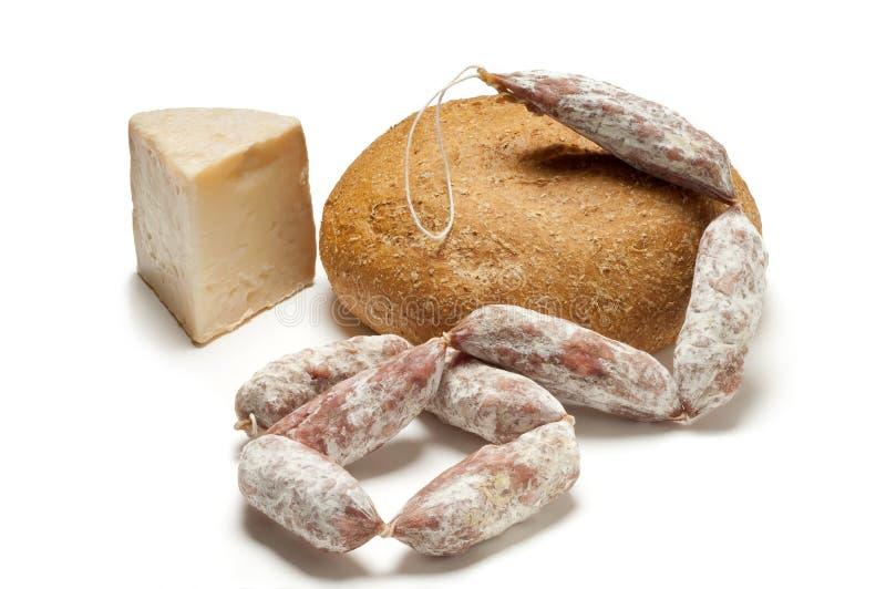 Käsesalami und -brot stockbild