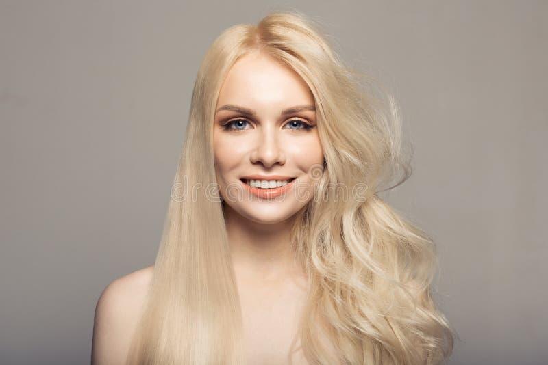 Kératine de concept redressant des cheveux photographie stock libre de droits