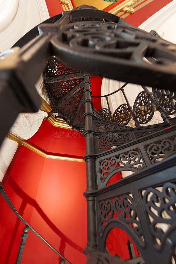 Download Kółkowy schody obraz stock. Obraz złożonej z rzemieślnik - 53777709