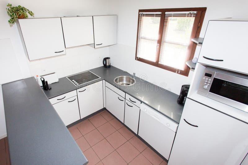 Kök inre, rengöring, ställe, hus, hem, insida som är modern, in arkivbild