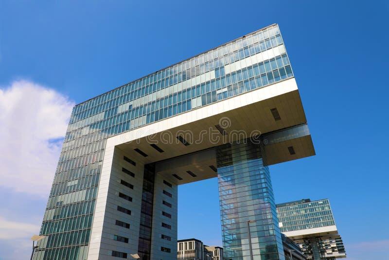 Köln Kranhaus ist ein modernes Geschäftszentrum auf der Bank vom Rhein, Köln, Deutschland, Europa stockbilder