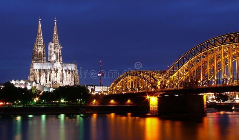 Köln nachts stockfoto