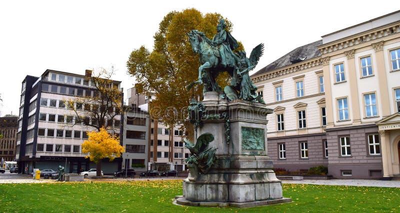 König Dusseldorf-Deutschland stockbilder