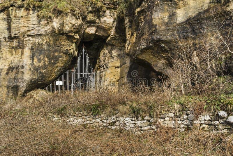 Könige Cave bei Machrie auf der Insel von Arran stockfotos