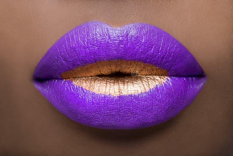 Königliche Lippen lizenzfreie stockfotografie