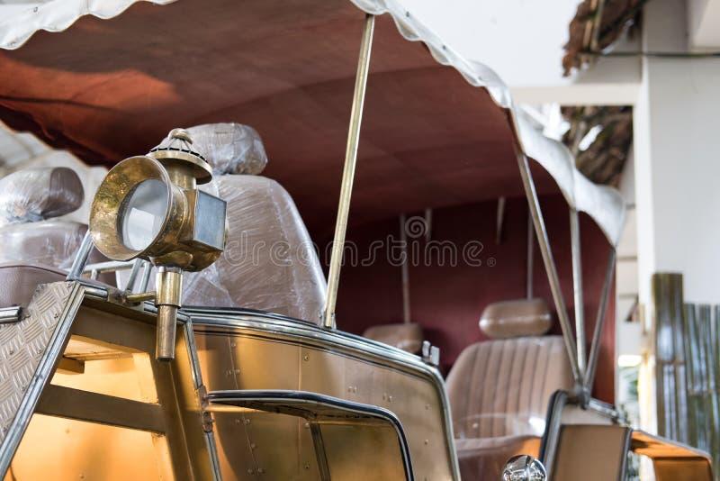 Königlicher Kampfwagen Wagenlastwagen für Pferd lizenzfreies stockfoto