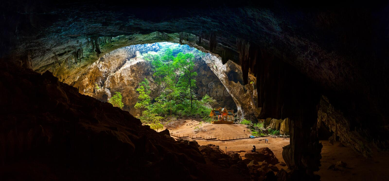 Königlicher Pavillon des Panoramas in der Höhle Phraya Nakhon lizenzfreie stockfotografie