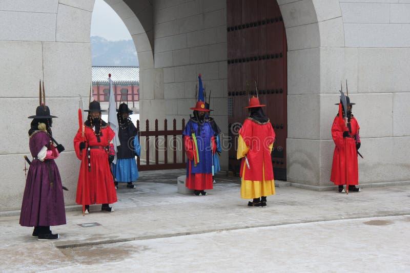Königlicher Schutz Changing Ceremony, Gyeongbokgungs-Palast stockfotos