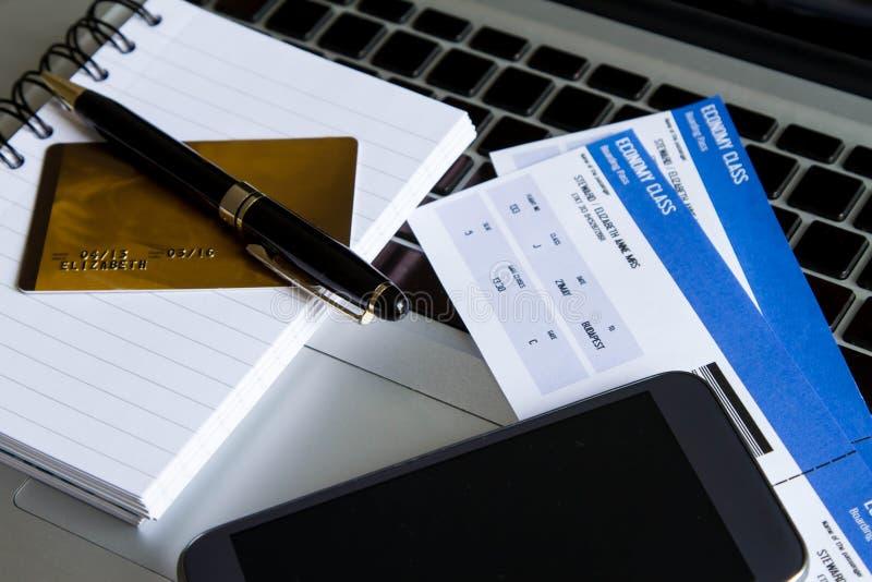 köpande jobbanvisningar för flygbolag arkivbild