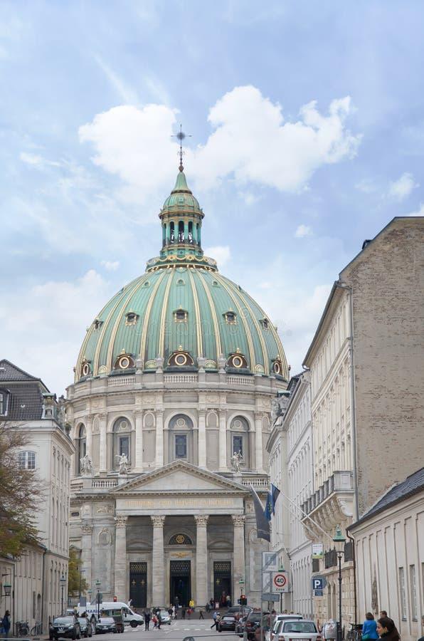 Köpenhamn Danmark - Augusti 25, kyrka 2014-Frederik's (danska: Frederiks Kirke), populärt som är bekant som marmorkyrkan (Marmork royaltyfria bilder