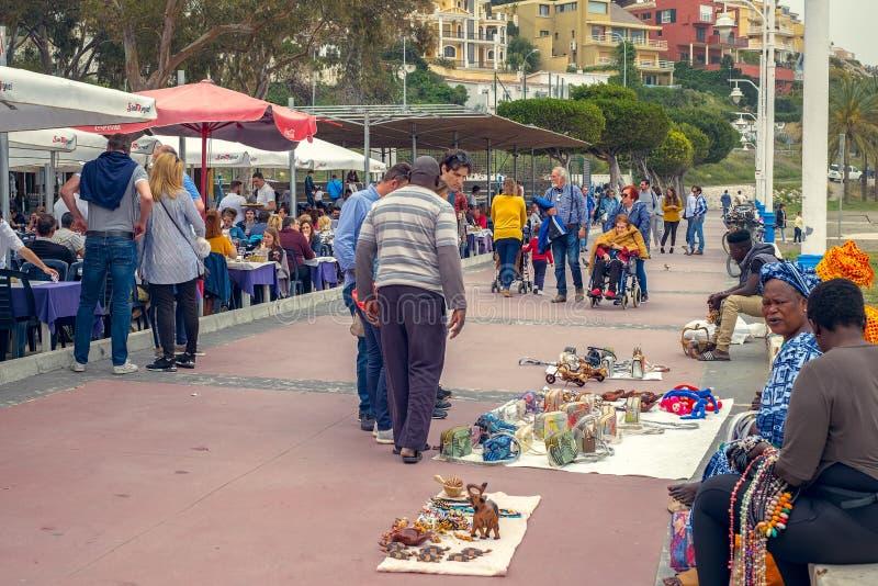 Köpmän på promenaden för El Pedregal royaltyfri foto