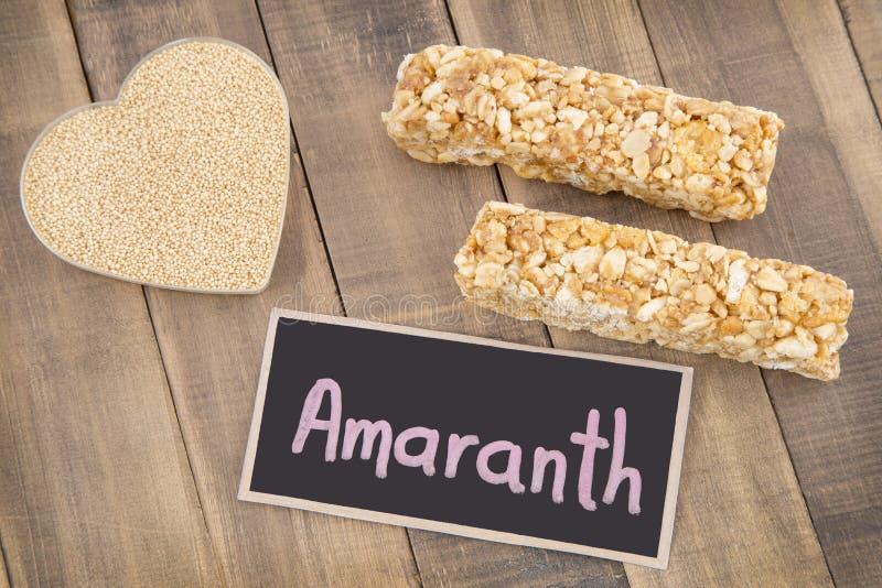 Körner und Amarantstange Amarant stockfotos