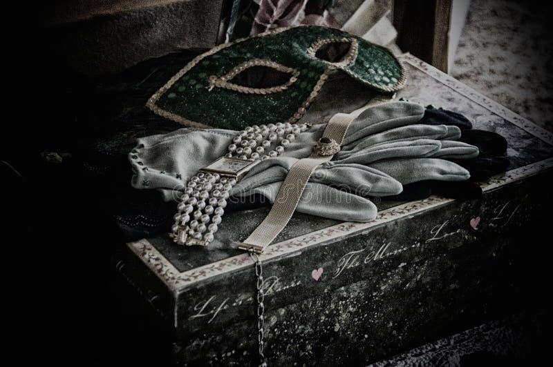 Körniges Stillleben der schönen Kunst von Theaterstützen stockfoto
