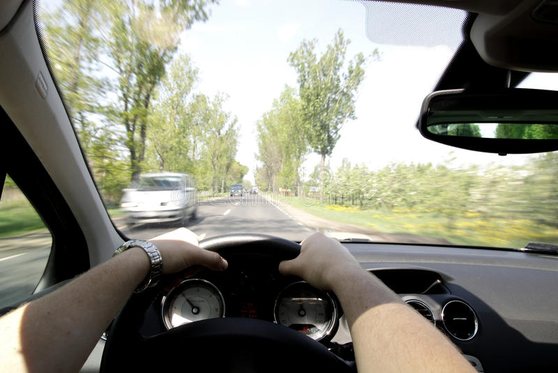 körning snabbt royaltyfri bild