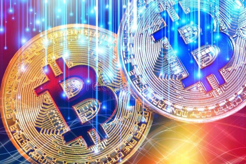 Körperliche Version neuen virtuellen Geldes Bitcoin mit buntem Effekt lizenzfreies stockfoto