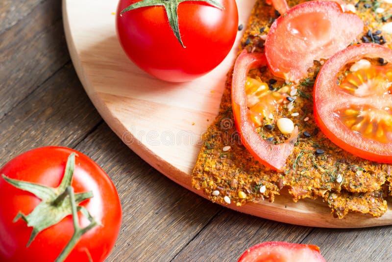 K?stlich NO-backen Sie Imbiss des strengen Vegetariers stockbilder