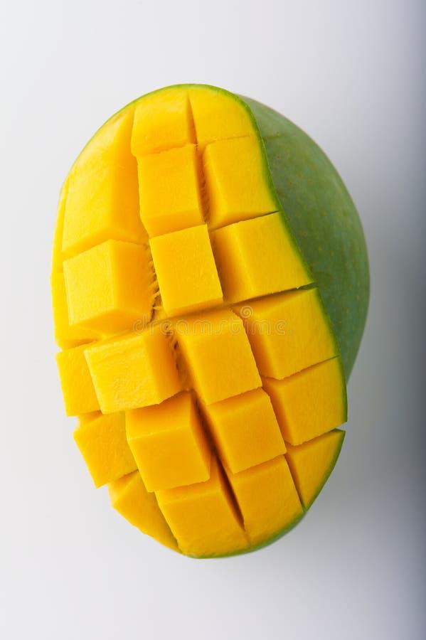 Köstliche gelbe Mango stockbild