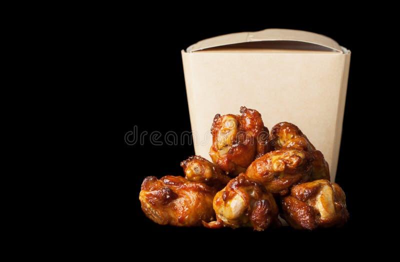 Köstliche Hühnerflügel stockbild
