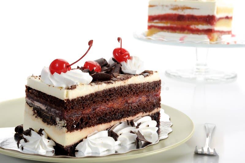 Download Köstliche Kuchen stockfoto. Bild von gabel, erdbeere - 27726912