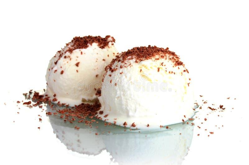 Köstliche Vanilleeissahne mit Schokolade stockfotos