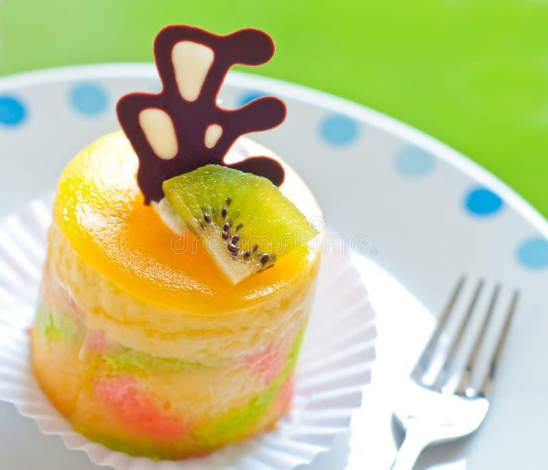 Download Köstlicher Fruchtkuchen stockbild. Bild von kuchen, pink - 26353497