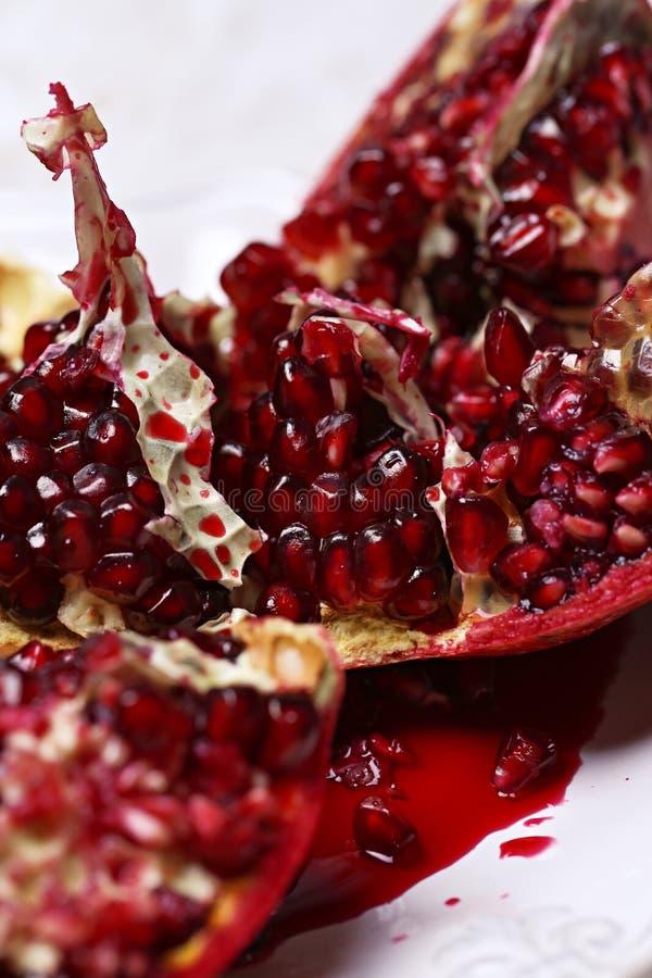 Köstlicher Granatapfel lizenzfreie stockfotografie