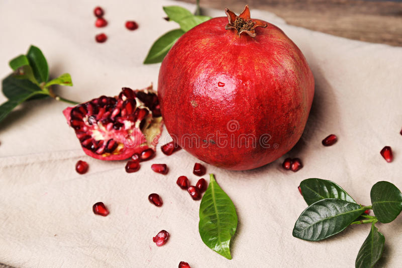 Köstlicher Granatapfel stockbild