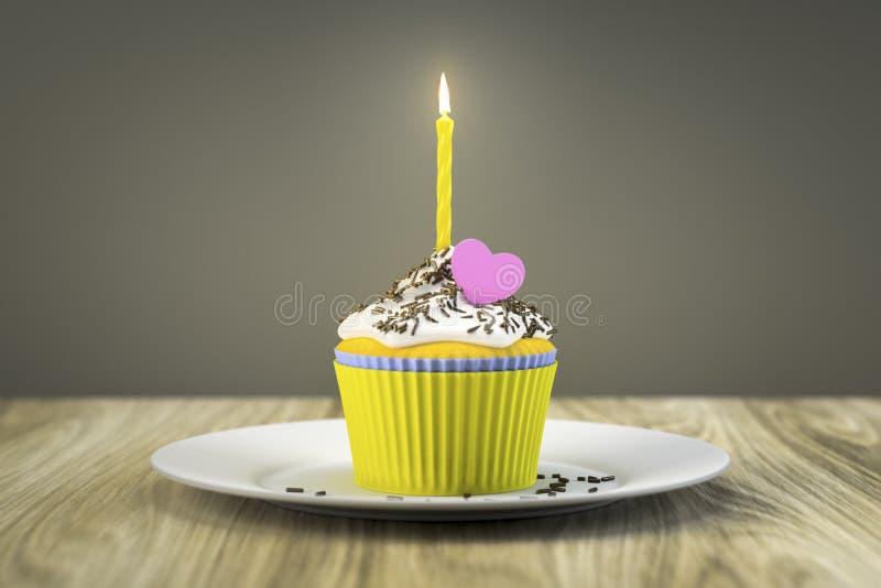 Köstlicher kleiner Kuchen mit einer brennenden Kerze stock abbildung