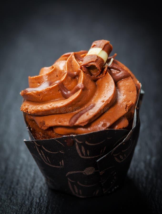 Köstlicher Schokoladenkleiner kuchen stockfotos