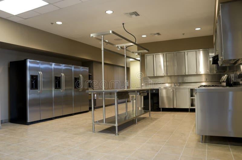 Küche in der Feuerwache lizenzfreie stockfotografie