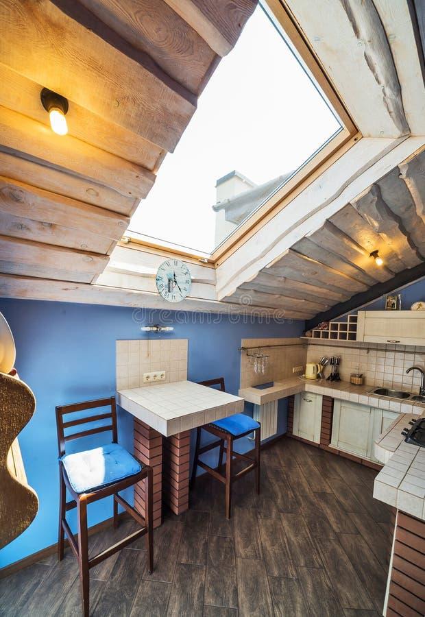 Küche in Provence-Art lizenzfreie stockbilder