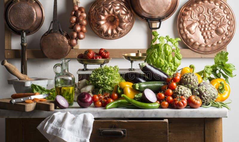 Küchentisch stockfoto