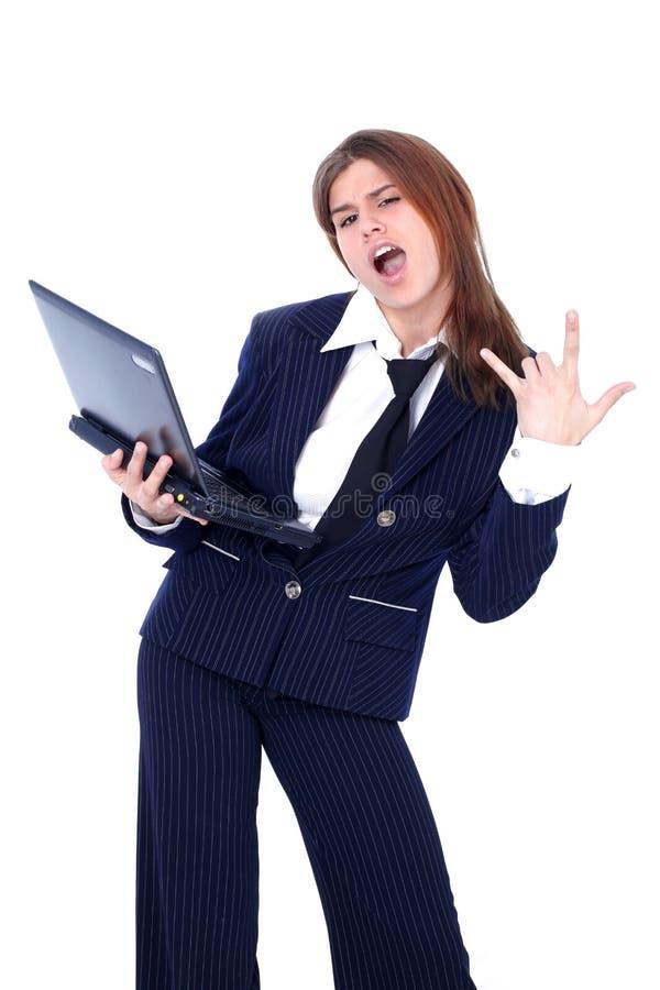 Kühle Geschäftsfrau mit PC stockfotografie