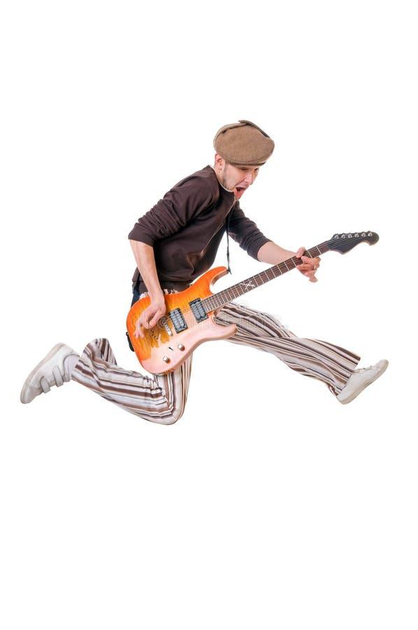 Kühlen Sie Gitarristen auf Weiß ab stockbild
