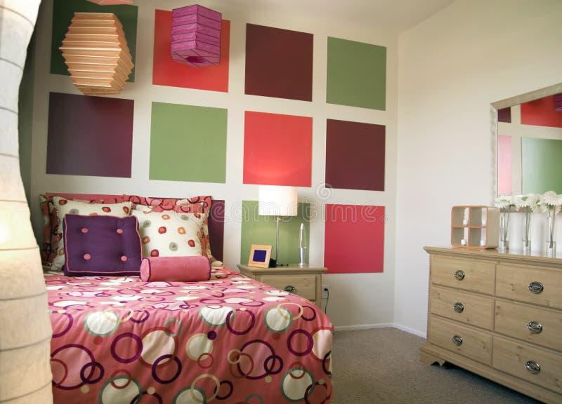 Kühler modischer Schlafzimmer-Innenraum lizenzfreie stockbilder