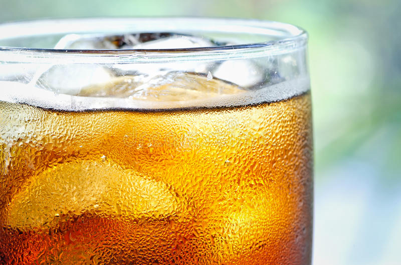 Kühles alkoholfreies Getränk stockbild