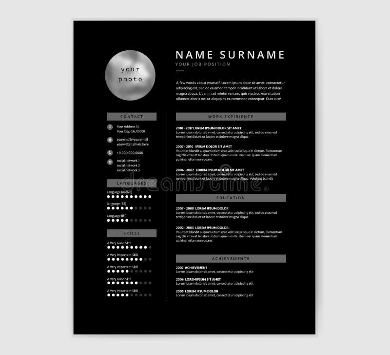Kühles Schwarzes Lebenslauf-Zusammenfassungsschablonendesign für einen Designer oder ein Programm lizenzfreie abbildung